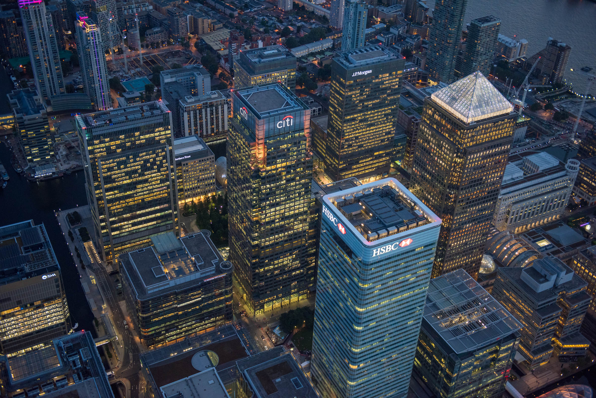 2500ft over HSBC, Canary Wharf at night., Citi and Canada Towers. Date : September 2016